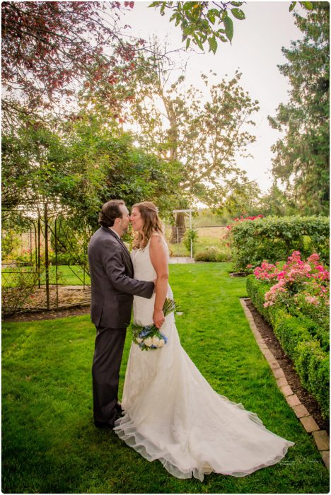 Stephanie Walls Photography 0150 468x700 Genesis Farms and Gardens Wedding of Kelli and Quintin