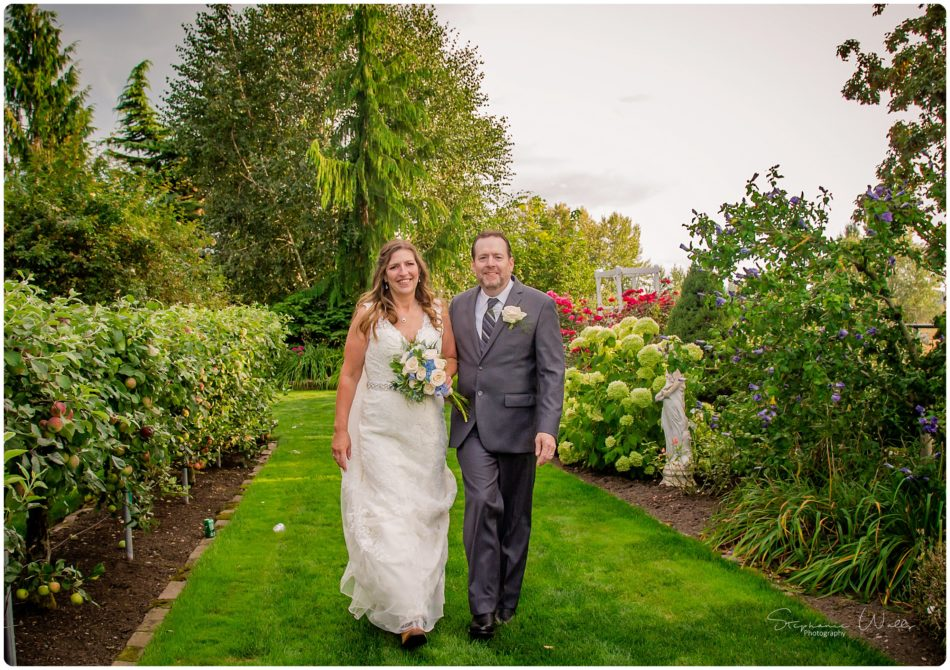 Stephanie Walls Photography 0152 950x670 Genesis Farms and Gardens Wedding of Kelli and Quintin