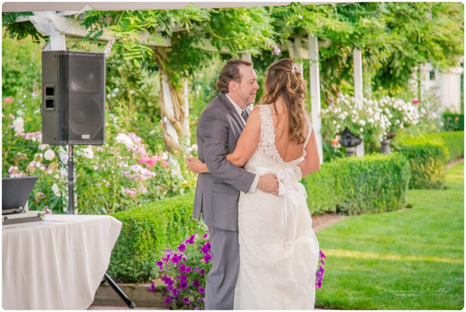 Stephanie Walls Photography 0171 1 950x636 Genesis Farms and Gardens Wedding of Kelli and Quintin