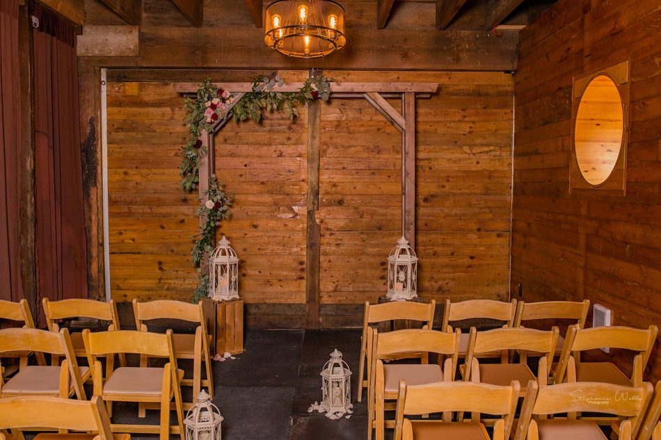 Stephanie Walls Photography 0286 950x633 Barn at Holly Farms Elopement of Kimberly and Mike