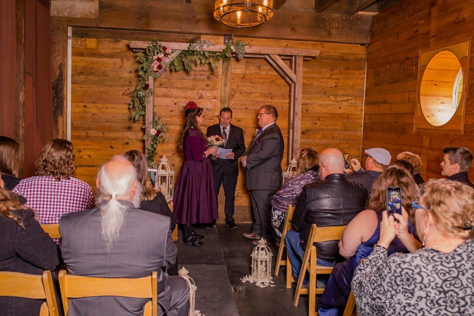 Stephanie Walls Photography 0290 950x633 Barn at Holly Farms Elopement of Kimberly and Mike