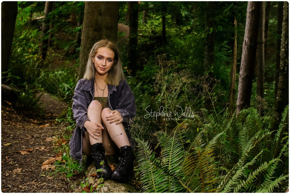 swp everett high school senior pictures 0001 950x636 Natalie | Everett High School Senior Pictures   Class of 2020