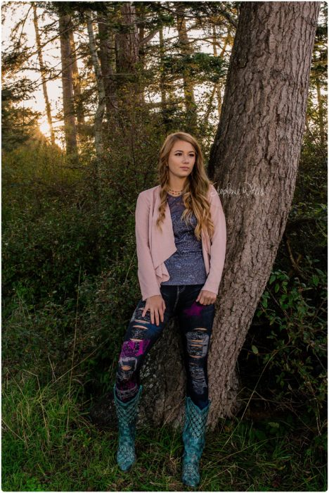 swp everett high school senior pictures 0092 468x700 Summar | Kamik High School Senior Pictures – Class of 2020.