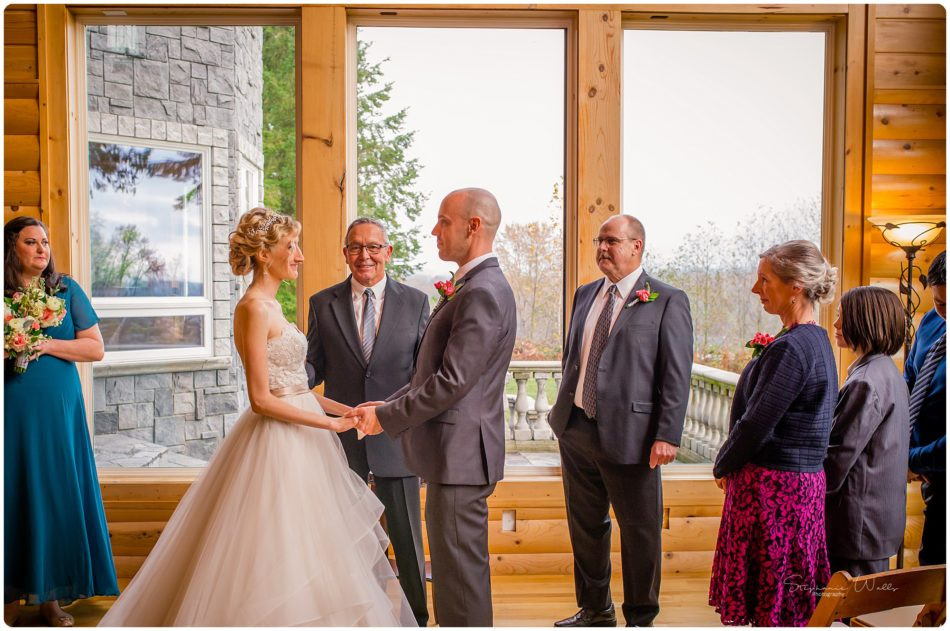 Stephanie Walls Photography 0455 950x631 A fairytale at Gray Stone Castle of Angela and Cris